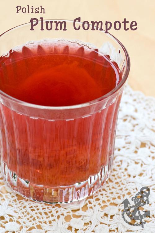 plum compote recipe - classic Polish summer drink