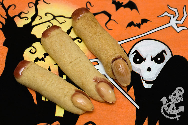 scary Halloween cookies recipe Halloween bloody fingers