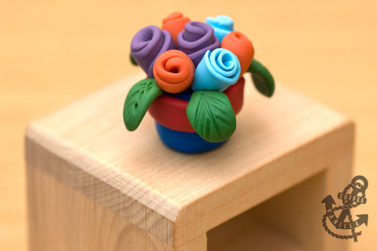 dolls house plant pot flower pot with roses
