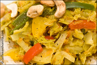Caribbean cabbage with cashew nuts