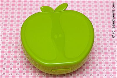 cute green apple lunch box