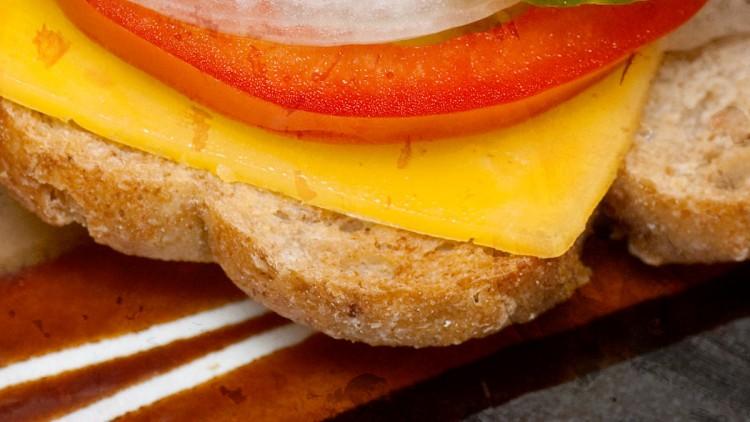 Sloppy Joe Sandwich with Turkey Chilli con Carne