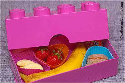 pink Lego lunch box bento