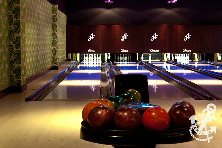 bowling alleys at All Star Lanes