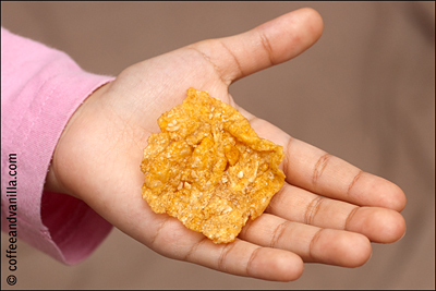 giant honey & nut cornflake honey and nut