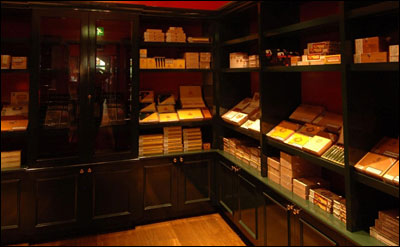 cigar shop, wine shop at Boisdale of Canary Wharf