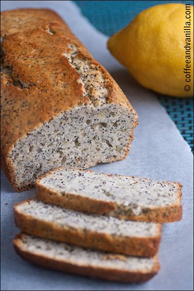 lemon poppy seed cake with vanilla sugar