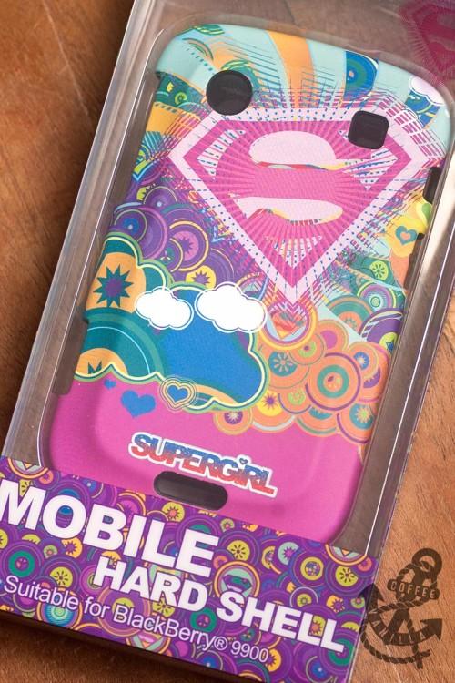 BlackBerry 9900 hard shell Supergirl case