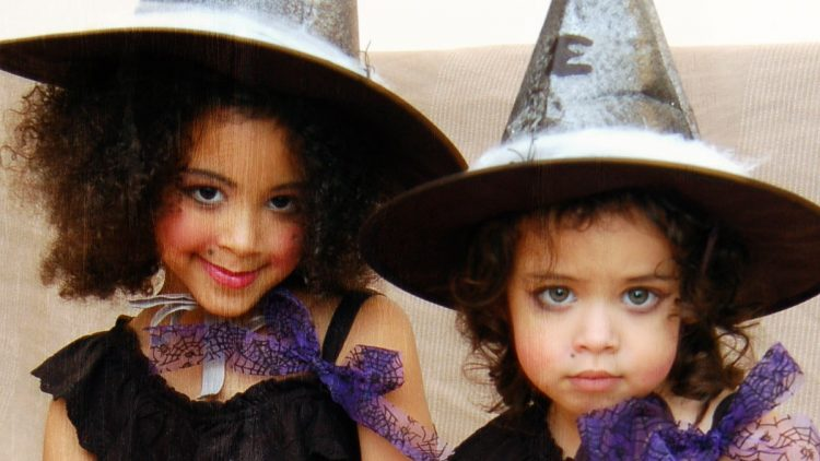 Last Minute DIY Halloween Witch Costumes for Kids