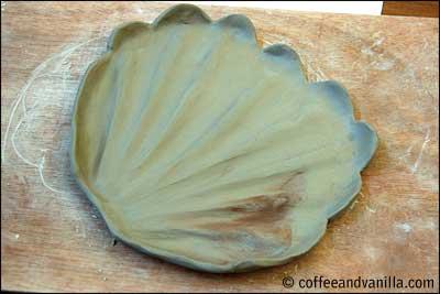 leaf shaped plate