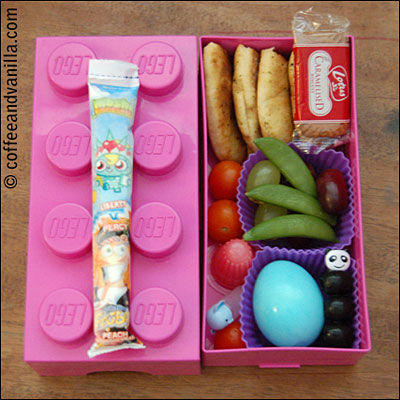Moshi Monsters Frubes and blue coloured egg