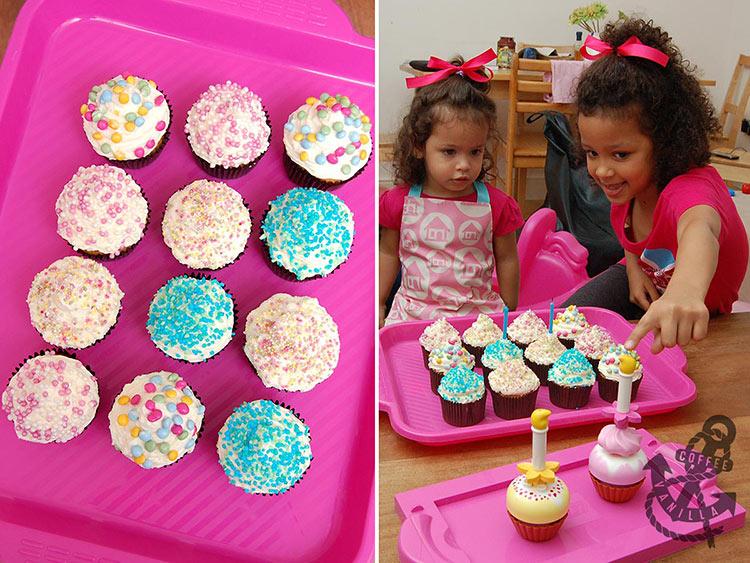 Lego Duplo set with cupcakes