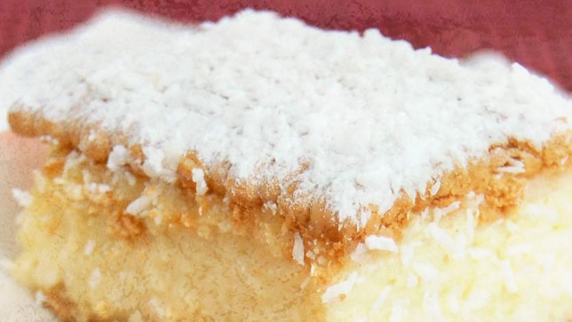 Raffaello – Almond & Coconut Cream No Bake Cake