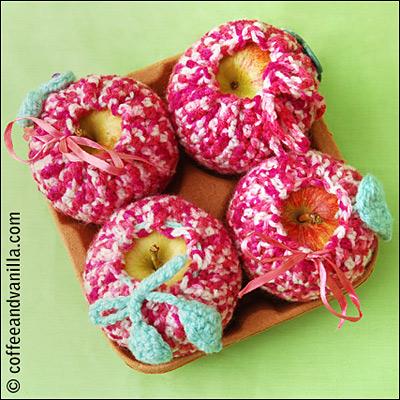 crochet apple cosies pattern