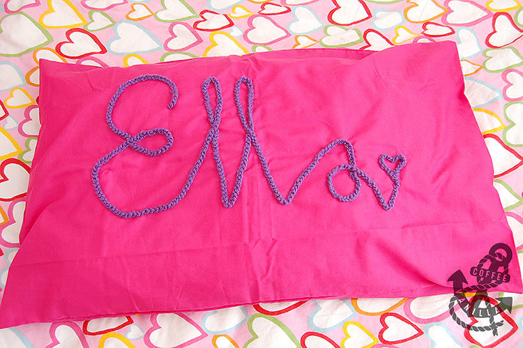 diy crochet name personalized pillowcase