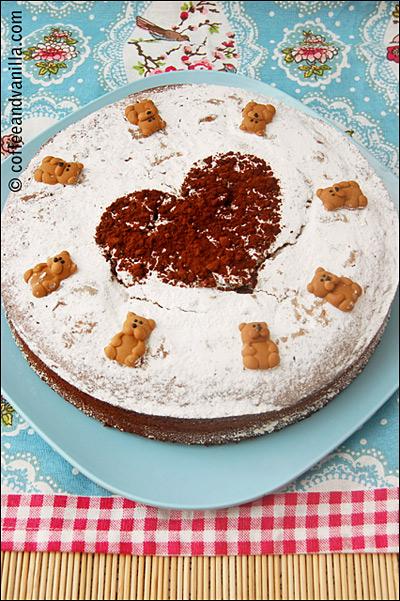 lemon vanilla cake with chocolate heart and sugar teddies