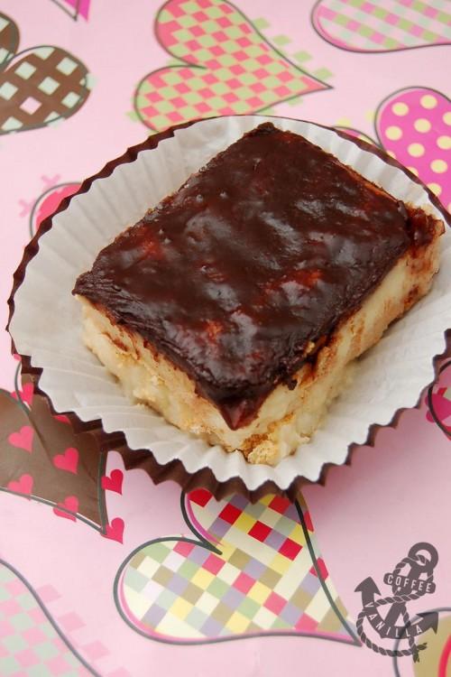 Polish chocolate custard crackers no bake cake