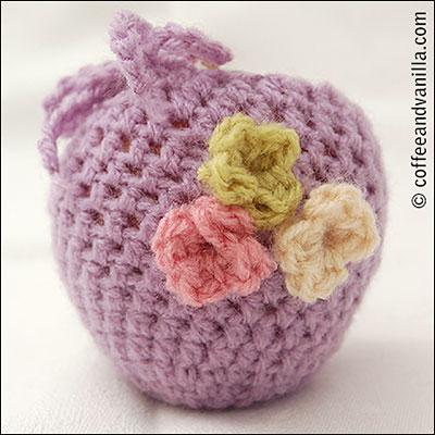 crochet flower appliqué motif