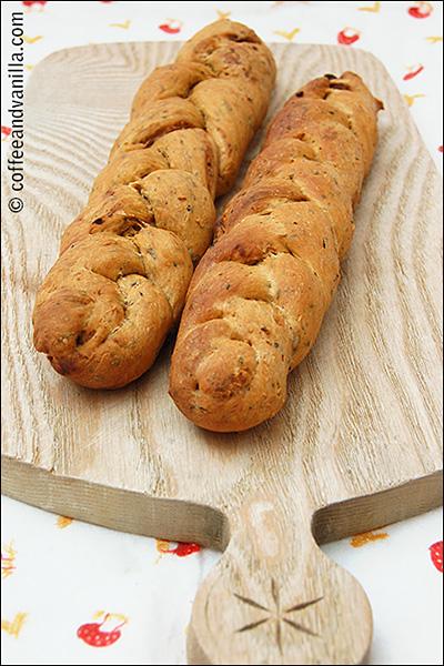 DIY bread sticks bread rolls for soup