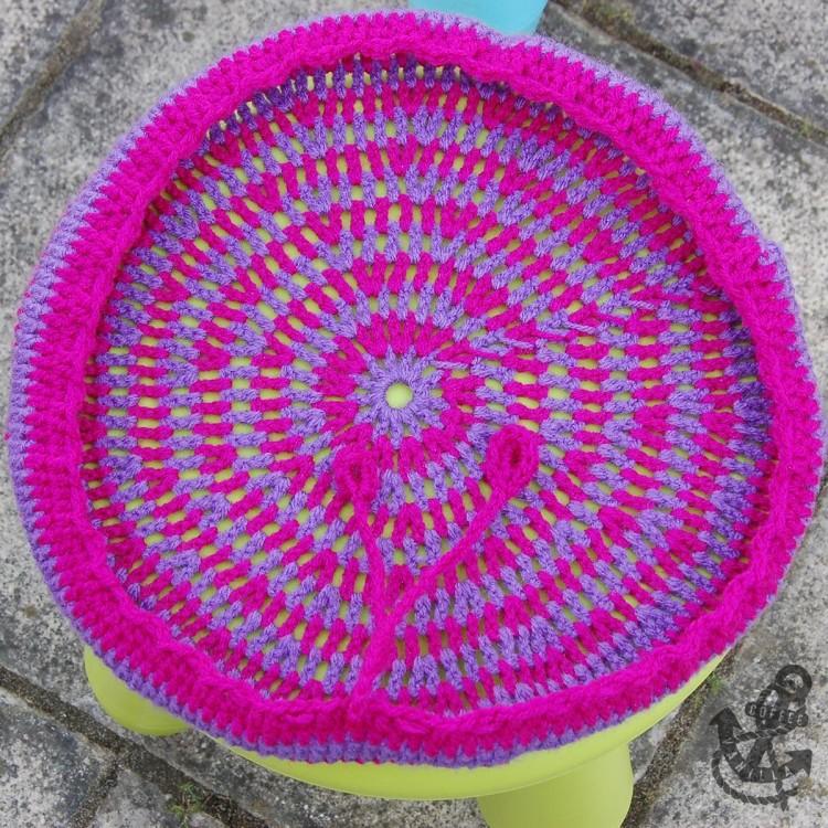stripy crochet cover for Ikea Mammut stool - close up