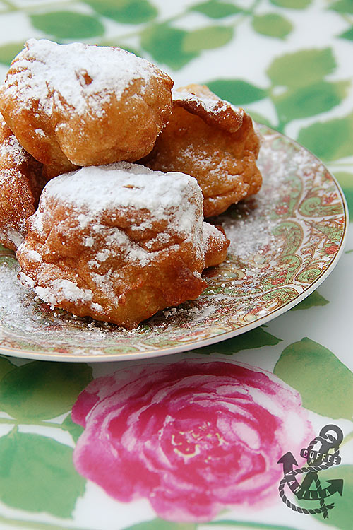 traditional Polish doughnuts made out of steamed dough
