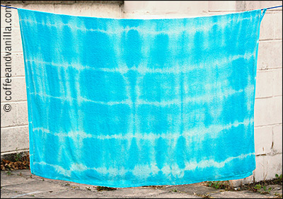 DIY beautiful Bahama blue towel