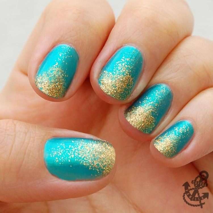 3D glitters nail varnish
