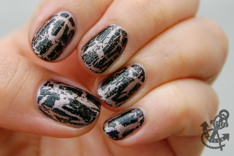 black crackle nail polish ideas