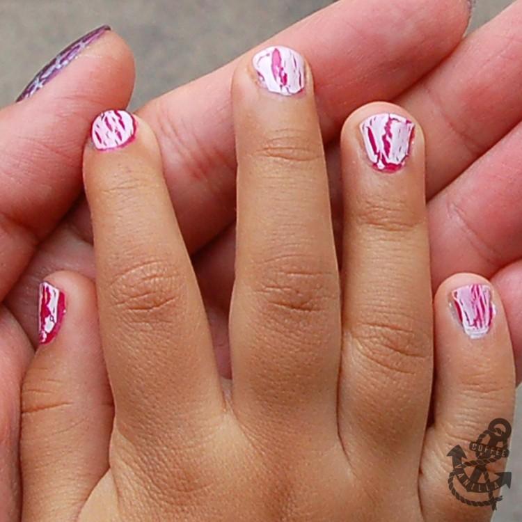 white crackle nail polish
