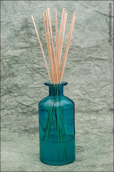 DIY oil reed diffuser homemade air freshener