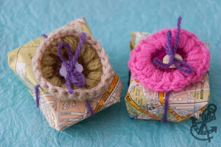 gift wrapping with crochet granny squares