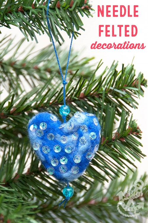 DIY Christmas decorations made out of felt