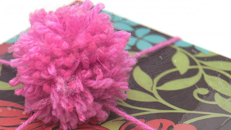 Gift Wrapping with DIY Fork Pom Poms – Tutorial