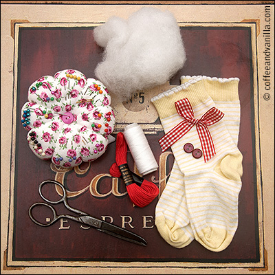 materials to make sock monkey DIY Christmas gifts crafts children recycling upcycling