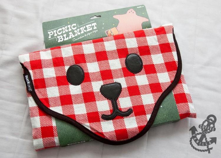 cute bear shaped foldable picnic blanket