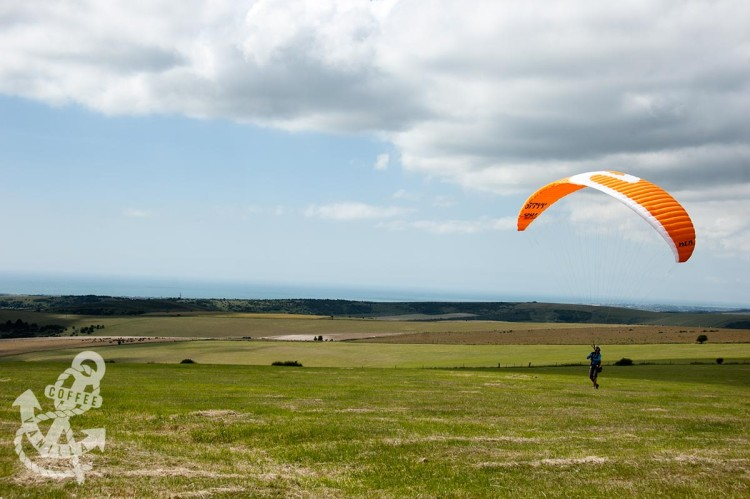 sky gliding with sea view in the Devil's Dyke
