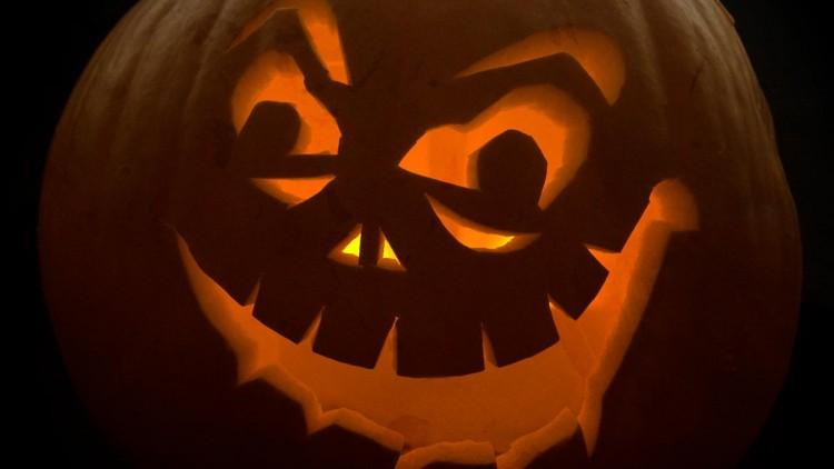 Halloween Recipes, DIY Dress-up, Crafts & Activities for Kids
