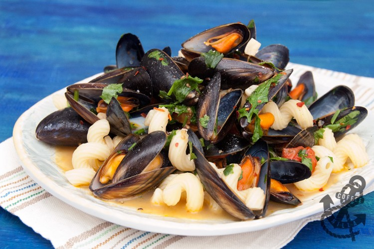 mussels with garlic and parsley Italian recipe