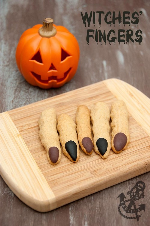 halloween finger sugar cookies