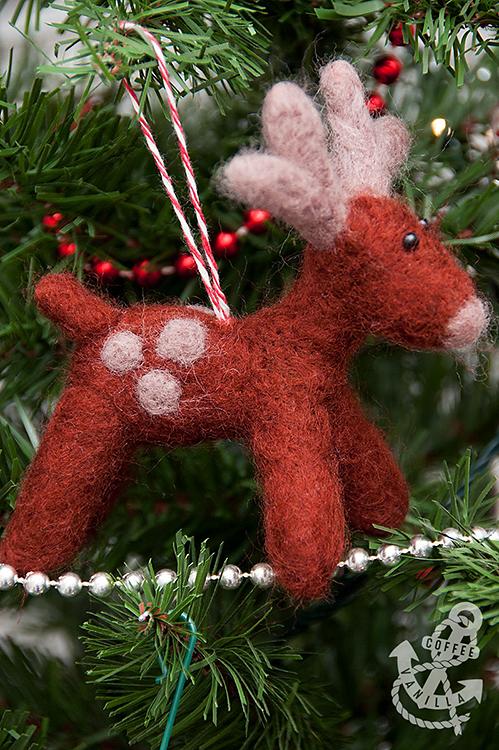 needle dry felted reindeer Christmas ornament
