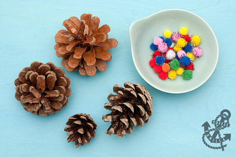 how to make a christmas tree out of pine cones