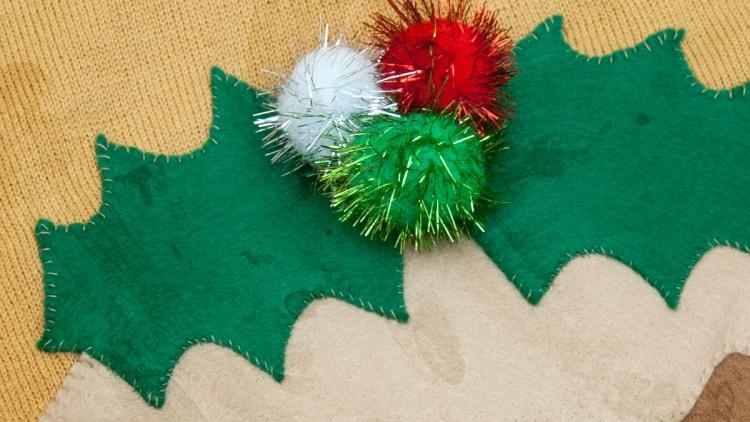 Cute DIY Christmas Pudding Jumper