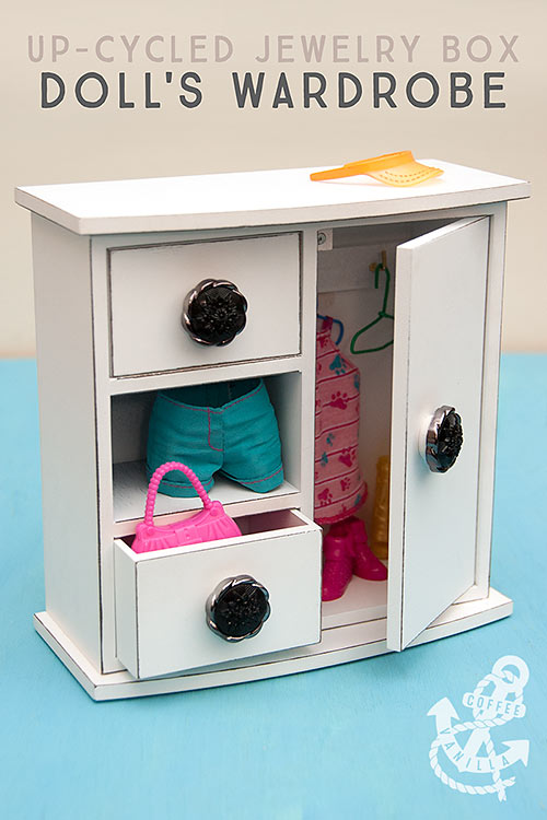 dolls wardrobe DIY