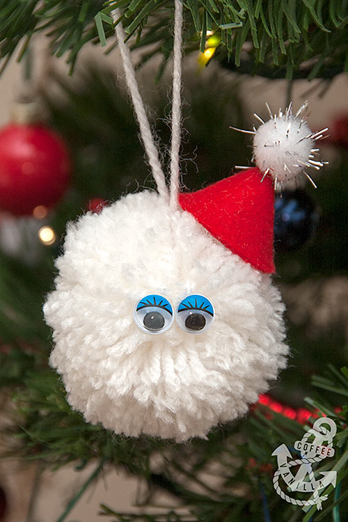 pompom Santa pompom snowball kids craft idea for Christmas