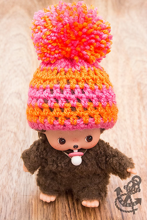 giant-pompom-hat-for-monchhichi