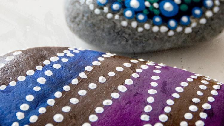Dot Art Crafts – Two Techniques