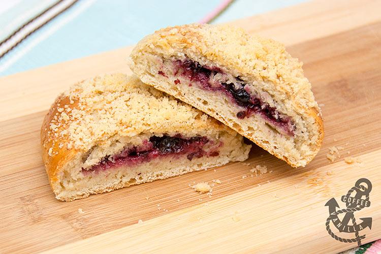 Polish blueberry buns blueberry yeast bakes recipe