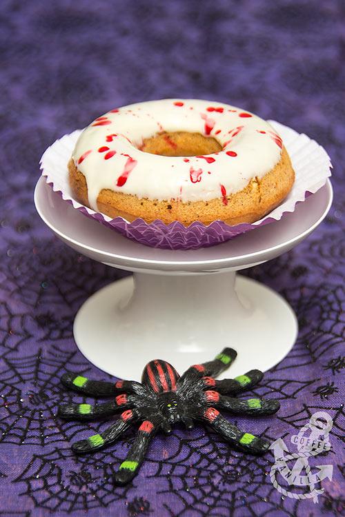 halloween donuts recipe blood splatter Dexter inspired doughnuts