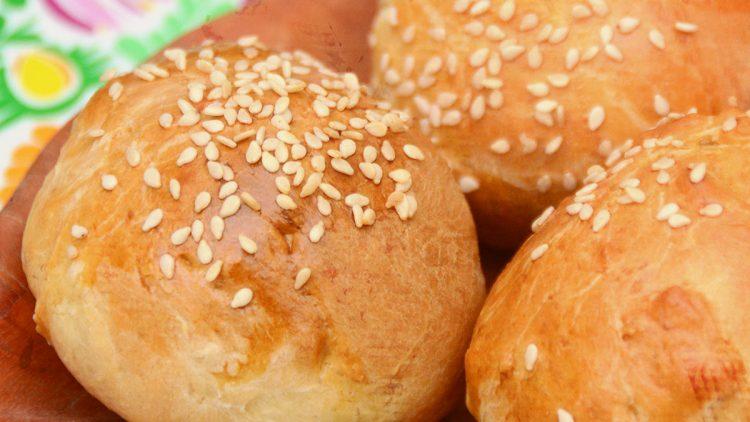 Buttery Yeast Bread Rolls & Bread Loaf