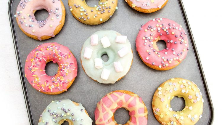 Our Favourite Doughnut Recipes (Baked & Fried)